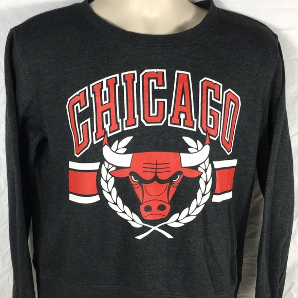Chicago Bulls NBA UNK Women s Crewneck Sweatshirt 336ccd7d4